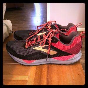 Women's Brooks Cascadia 14 Trail Running Shoes